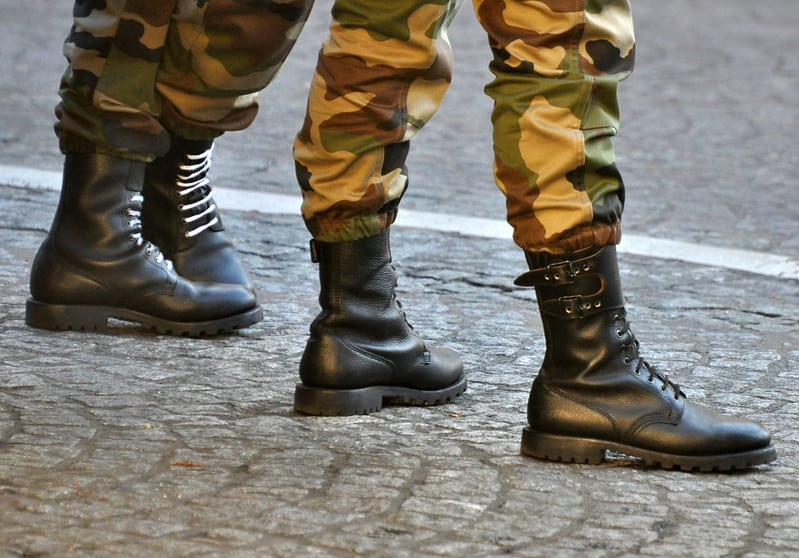 2 soldiers wearing boots | are army soldiers comfortable