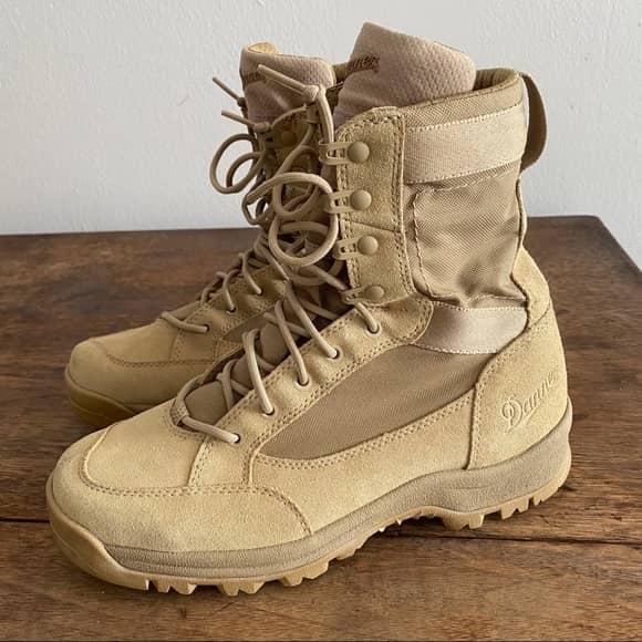 Danner Men's Tanicus 8 Boots side profile